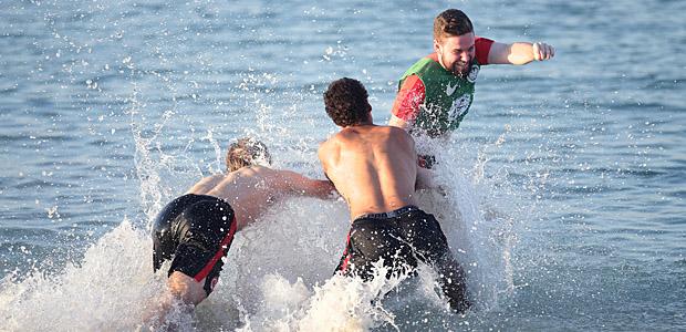 Bergfest, gefeiert im Wasser. Foto: Heiko Rhode.