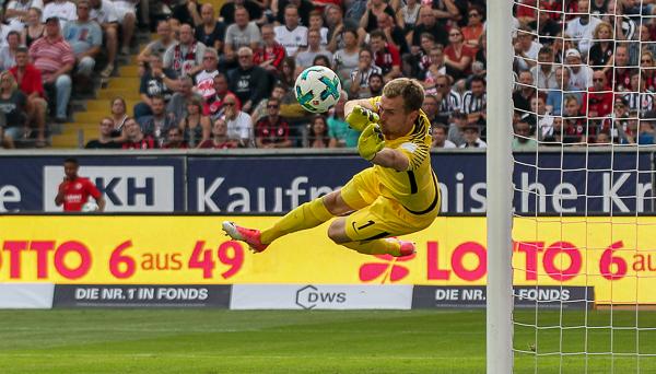 Das ist der Lukas. Der Lukas will weg. Was ihn nicht daran hinderte, dass fällige 0:2 noch mal eben zu verhindern. Foto: skr.