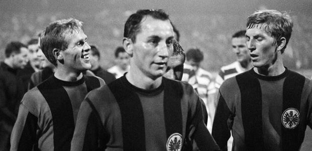 Siegfried Bronnert, Fahrudin Jusufi und Jürgen Grabowski 1967. Foto: imago.