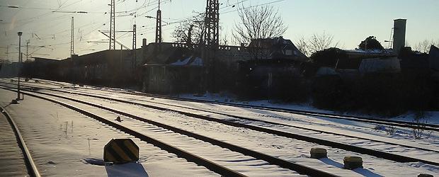 Symbolbild Reisen made out of train by Wischtelefon.
