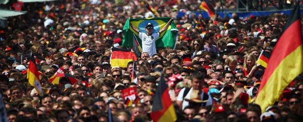 Fanmeile in Berlin. Foto: dpa