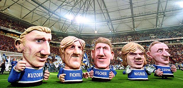 Schalker Fünferkette. Foto: Imago.