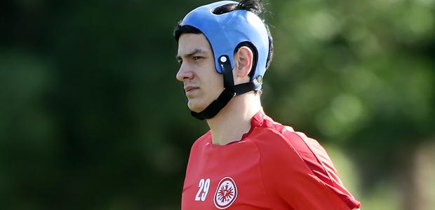 Helm auf Kopf. Foto: Heiko Rhode.