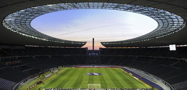 Der Himmel über Teilen Berlins. Foto: dpa.
