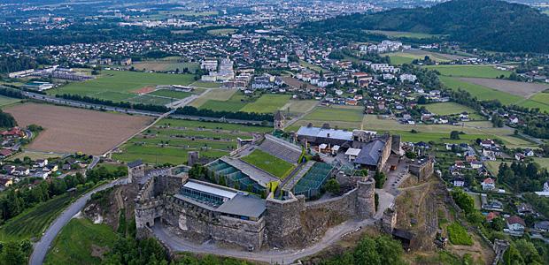 Villach: Sportplätze ja, Berge nein. Foto: Imago Images